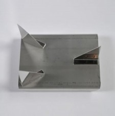 S070 Stainless Steel 3 Point Trivet (Med)  - Product Image